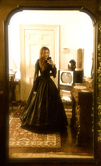 victorian-selfie-cropped-retouched